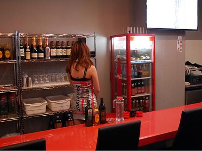 センター北 queen's bar